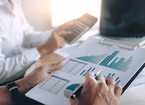 commerce-graphs-finance-data-funds